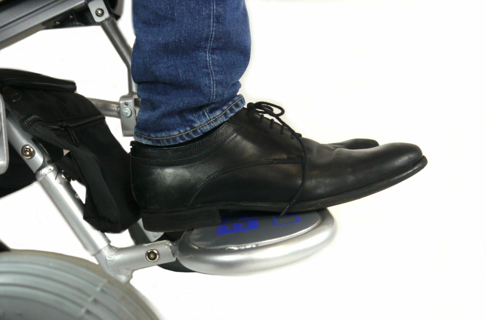 Repose-pied standard